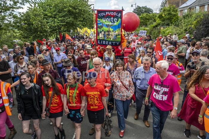 Jeremy Corbyn, Frances O'Grady and Mark Serwotka, PCS lead Tolpuddle Martyrs Festival procession, Dorset - Jess Hurd - 2019-07-21