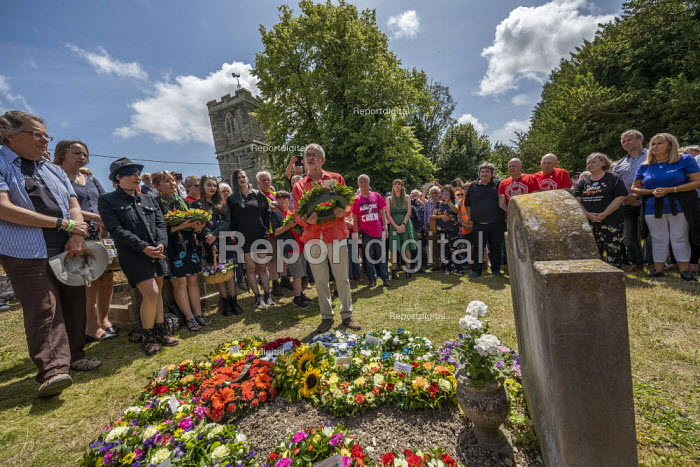 Jeremy Corbyn laying a wreath at the grave of on the grave of James Hammett, Tolpuddle Martyrs Festival, Dorset - Jess Hurd - 2019-07-21