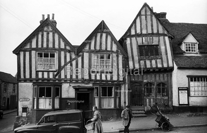 The Crooked House and Post Office, mediaeval village of Lavenham Suffolk 1958 - Kurt Hutton - 1958-10-20