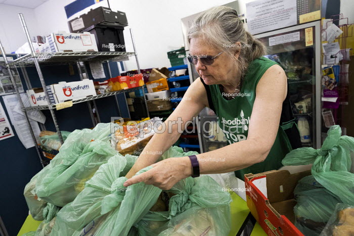 Helper at St Pancras Church House foodbank, Trussell Trust, London - Jess Hurd - 2019-08-01