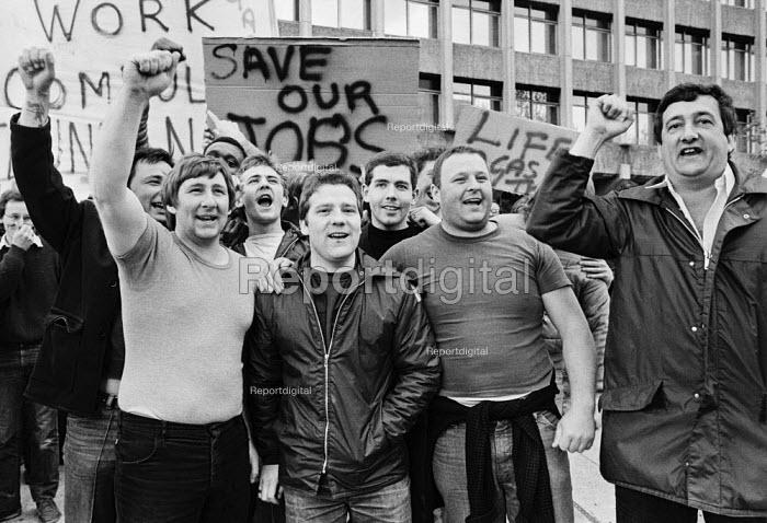 Gas workers protest against compulsory reduncancies, British Gas HQ, London - NLA - 1983-05-17