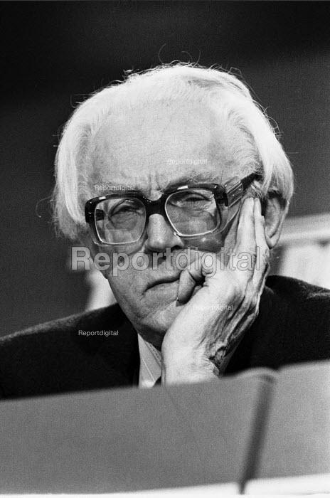 Michael Foot Labour Party election campaign press conference 1983 London - NLA - 1983-05-16