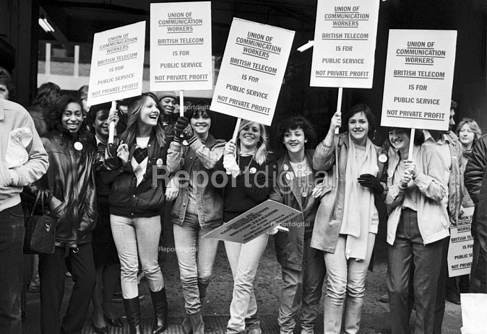 UCW workers lobby against the privatisation of British Telecom, London 1983 - NLA - 1983-10-27