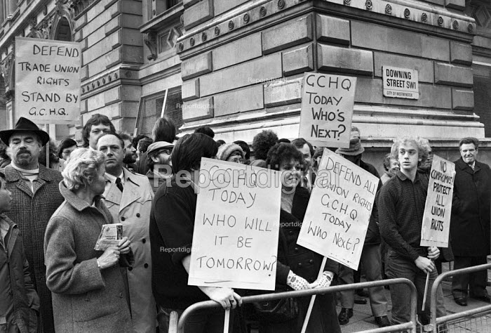 Civil servants protest 1984 against removal of union rights at GCHQ Downing Street, London - NLA - 1984-02-01
