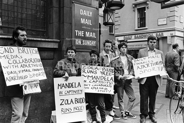 Anti Apartheid protest outside the Daily Mail, in Fleet Street, London, 1984 calling for an end to their collaboration with Apartheid sport in South Africa. - NLA - 1984-05-10