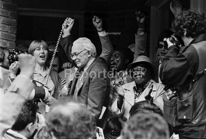 General election 1983. Labour Party leader Michael Foot goes walkabout in Brixton, South London, ending with a rally, during the election campaign. - Peter Arkell - 1983-05-30