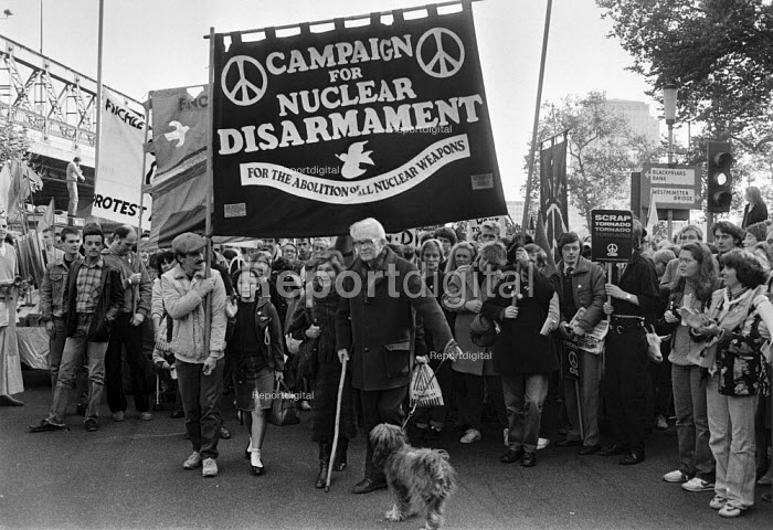 Michael Foot and dog, CND protest London 1983 One million protest against nuclear weapons and the movement of Cruise and Pershing 2 missiles to sites across Europe from the United States - Peter Arkell - 1983-10-22