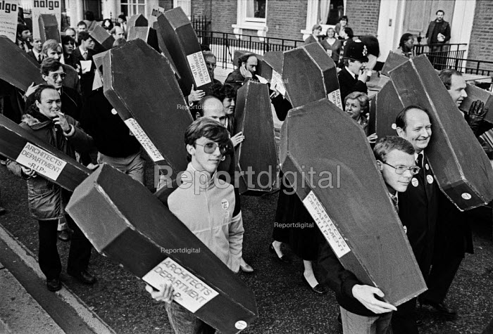 Westminster council workers, architects carrying coffins 1983, protest against cuts and privatisation during a half day strike - Peter Arkell - 1983-10-24