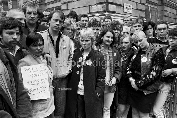 Unemployed and homeless youth from the North East protest against cuts, Downing Street, Whitehall, London 1985 - NLA - 1985-04-29