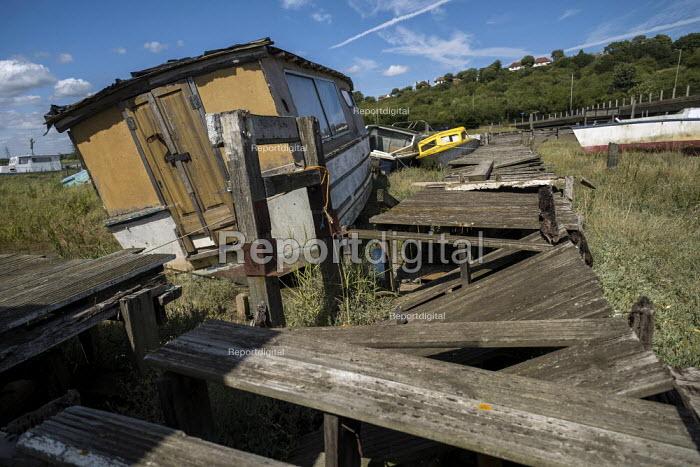 Benfleet boat graveyard, Essex. - Jess Hurd - 2019-08-08