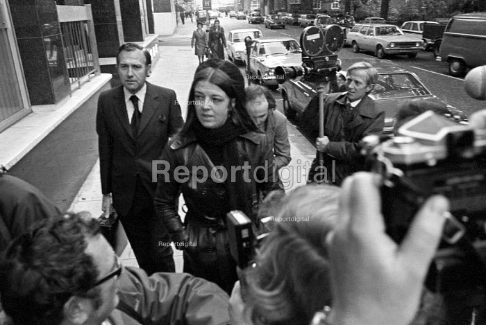 John Stonehouse MP going into court with his wife 1975 on various charges including theft and fraud, London. Earlier he had faked his own death leaving a pile of clothes on a beach in Miami, then made his way to Australia to join his girl friend Sheila Buckley. - NLA - 1975-10-13