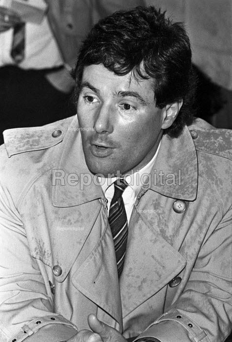 Derek Hatton, deputy leader of Liverpool council, press conference, Liverpool. 1984 - NLA - 1984-02-22