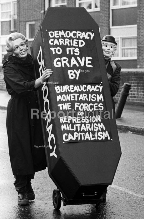 Protest against rate capping of councils, Hackney, East London, 1985 by the government forcing cuts in public services. - NLA - 1985-03-02
