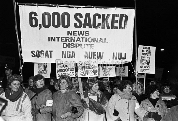 SOGAT Women leading a protest, picket line, Wapping dispute, East London, 1986. Brenda Dean (C) - Peter Arkell - 1986-02-08