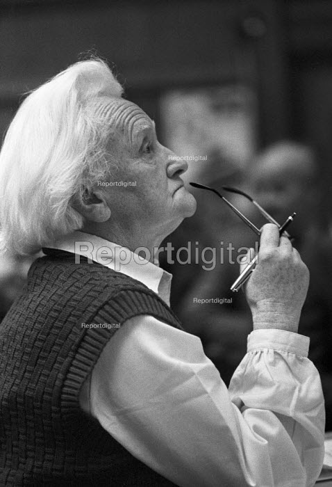 Betty Reid, Communist Party of Great Britain, congress, London 1983 - Peter Arkell - 1983-11-12