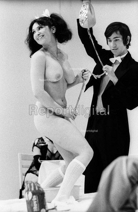 Geri Miller as Josie, PORK by Andy Warhol, Roundhouse Theatre London 1971 - Chris Davies - 1971-07-03