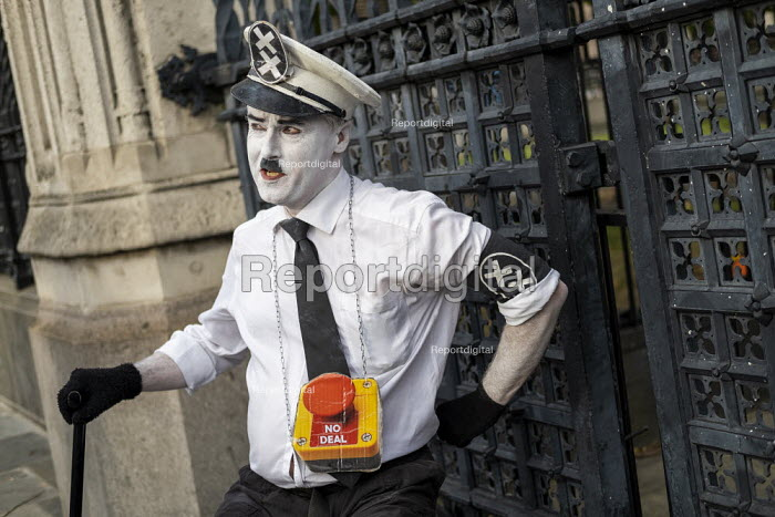 Charlie Chaplin, The Great Dictator, Defend democracy, resist the Parliament Shutdown protest as the Queen agrees to suspend Parliament at Boris Johnsons request, College Green, Westminster, London. - Jess Hurd - 2019-08-28