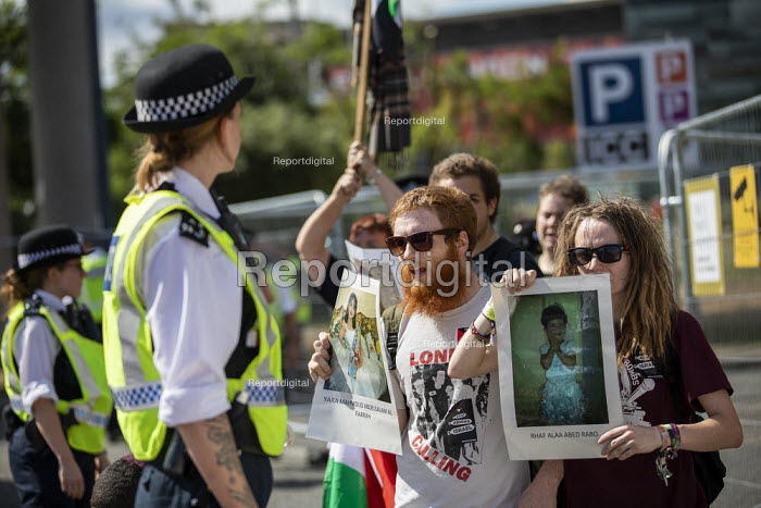 Stop DSEi Arms Fair protest blocking vehicles entering ExCel centre London Stop Arming Israel. Defence Security and Equipment International exhibition - Jess Hurd - 2019-09-02