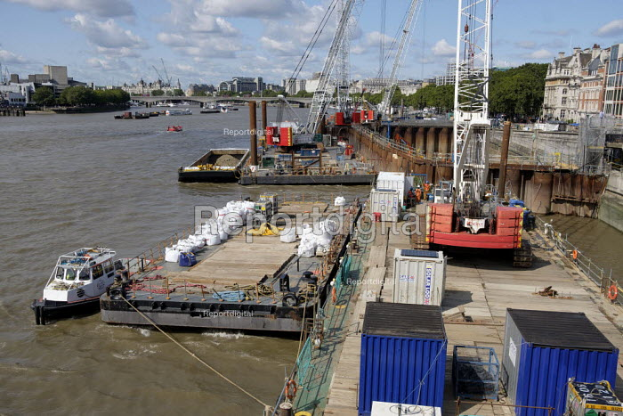 Thames Tideway Tunnel super sewer construction site, Blackfriars Bridge, London - Philip Wolmuth - 2019-08-13