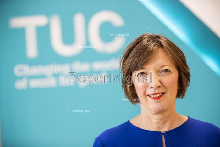 Frances O'Grady speaking, TUC Press Conference, TUC Congress, Brighton 2019. - Jess Hurd - 2019-09-08