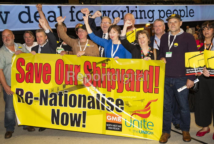 Harland and Wolff shipyard workers with Frances O'Grady, Save our Shipyard, TUC Congress, Brighton 2019. - Jess Hurd - 2019-09-10