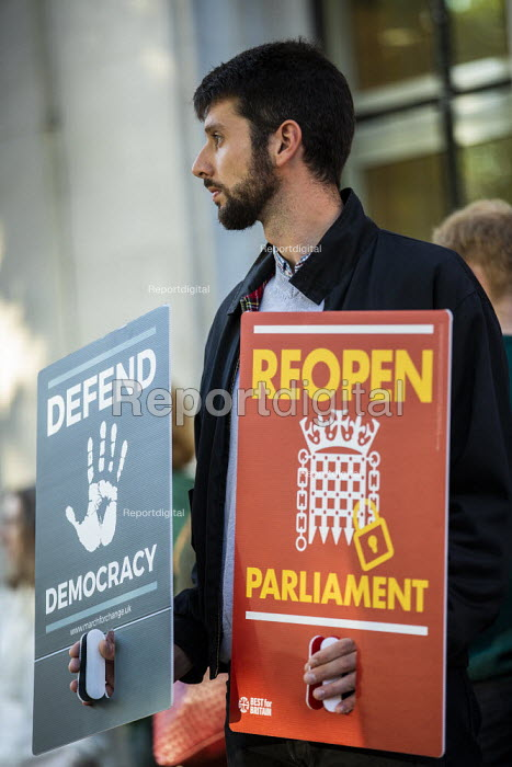 Protest against the proroguing Parliament as it is challenged in the Supreme Court, Westminster, London - Jess Hurd - 2019-09-17