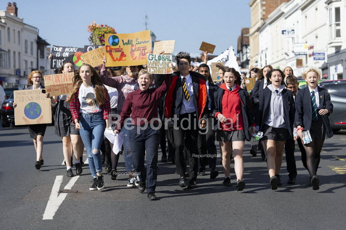 School pupils Global Climate Strike protest, Stratford-upon-Avon, Warwickshire - John Harris - 2019-09-20