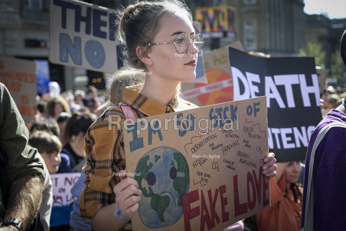 School pupils Global Strike Against Climate Change protest, Newcastle Upon Tyne - Mark Pinder - 2019-09-20