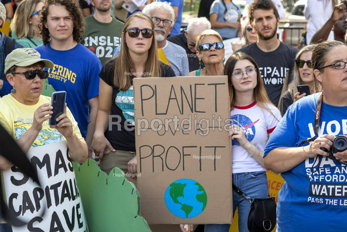 Detroit, Michigan, USA Global Climate Strike protest - Jim West - 2019-09-20