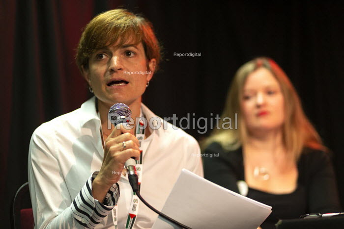 Kelly Coogan Gehr NNU America speaking, Taking the NHS off the table, TWT, Brighton - John Harris - 2019-09-22