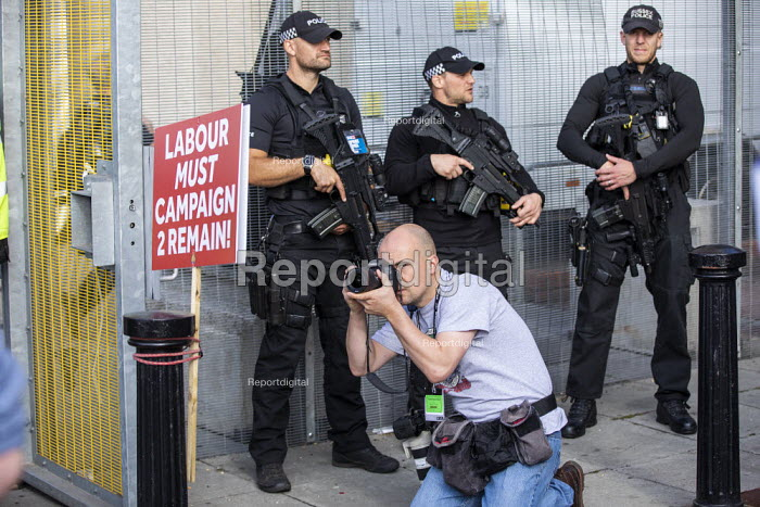 Remain poster and armed police outside Labour Party Conference, Brighton, 2019 - Jess Hurd - 2019-09-23