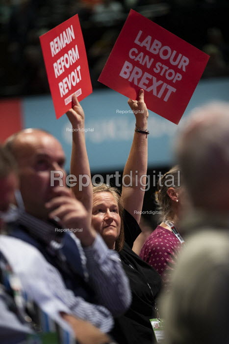 Pro remain posters, Labour Party Conference, Brighton, 2019 - Jess Hurd - 2019-09-23