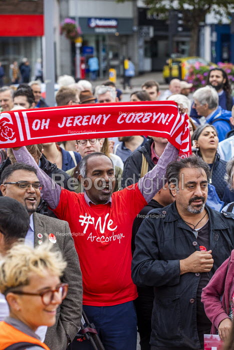 Big Canvass with Jeremy Corbyn and Faiza Shaheen, PPC, Chingford and Woodford Green, Iain Duncan Smith constituency. London. - Jess Hurd - 2019-09-28