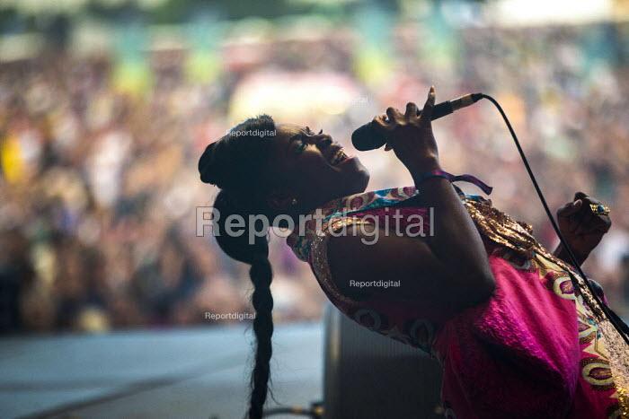 Downs Festival, Bristol, Nigerian singer Eno Williams, Ibibio Sound Machine - Paul Box - 2017-09-02