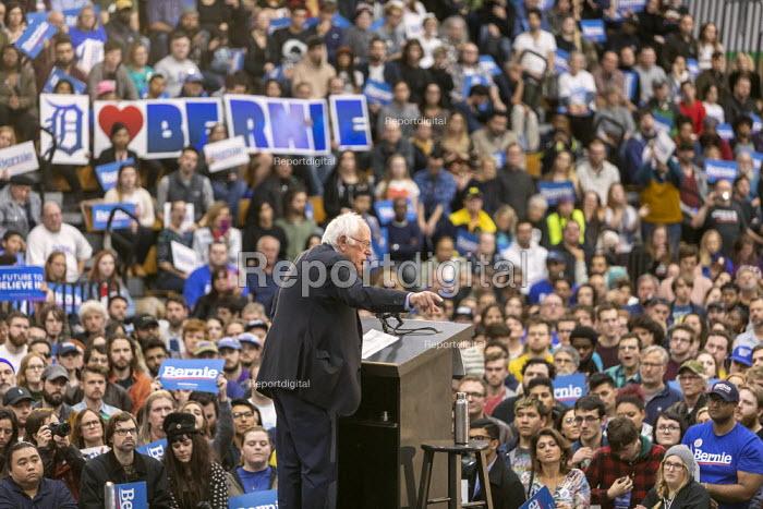 Detroit, USA: Bernie Sanders Presedential campaign rally 2020 - Jim West - 2019-10-27