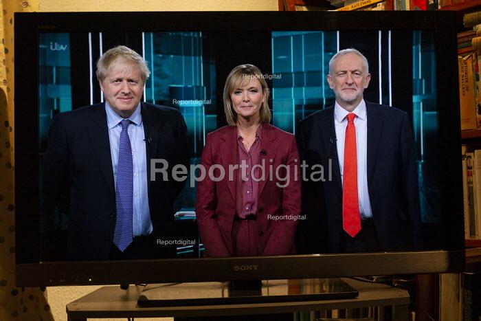 ITV general election debate, Boris Johnson, Jeremy Corbyn debating on TV. Julie Etchingham - John Harris - 2019-11-19