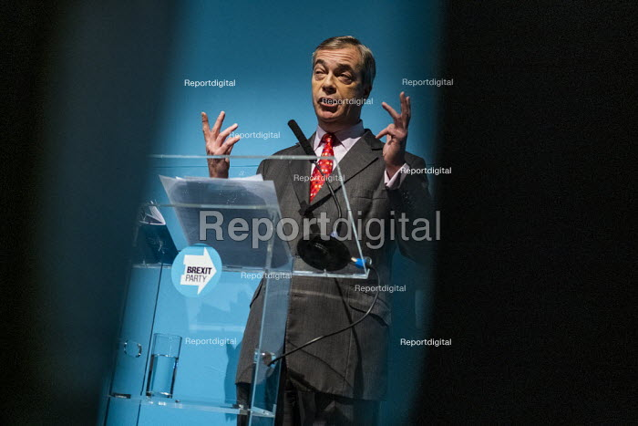 Nigel Farage speaking, Brexit Party General Election Contract launch, Millbank, London - Jess Hurd - 2019-11-22