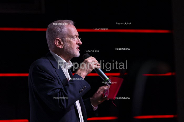 Jeremy Corbyn, Labour Youth Manifesto launch rally Loughborough - John Harris - 2019-11-23