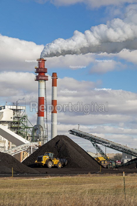 Sidney, Montana, USA Coal fired power station operated by Montana-Dakota Utilities Co., a subsidiary of MDU Resources Group - Jim West - 2019-11-06