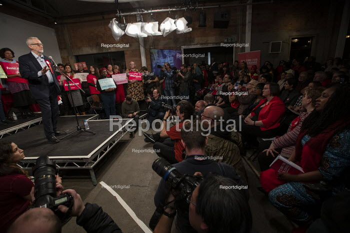 Jeremy Corbyn speaking, general election rally, Hoxton Docks, Hackney, East London. - Jess Hurd - 2019-12-11