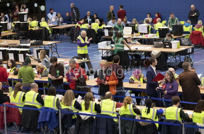 Vote counting, Bristol - Paul Box - 2019-12-12