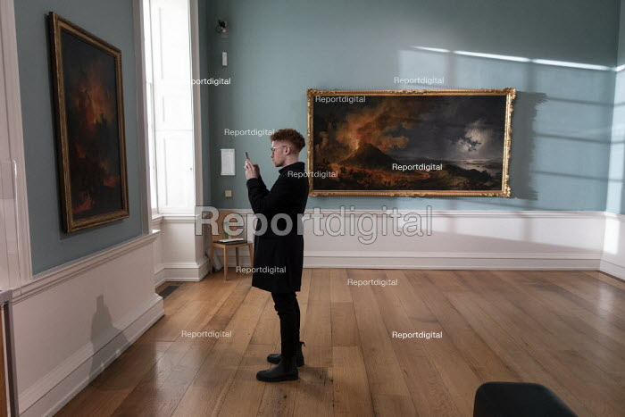 Visitor taking a picture on his phone, Compton Verney Art... - John Harris, J1912124.jpg