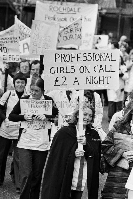 Health workers protest London 1980 against longer hours... - NLA, NLA1908001.jpg