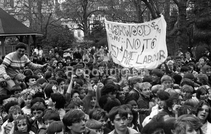 School strike, London 1985, pupils denouncing the Youth Training Scheme (YTS) as slave labour. Norwood School say no to slave labour - NLA - 1985-04-25