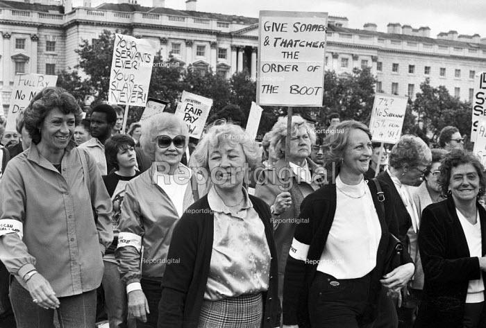 Civil servants pay dispute, women protest, Whitehall, London 1981 - NLA - 1981-06-07