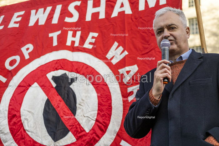 Andrew Murray speaking, No War With Iran protest after the assassination of Iranian general Qassem Soleimani. Stop the War, Downing Street, Westminster, London - Jess Hurd - 2020-01-04