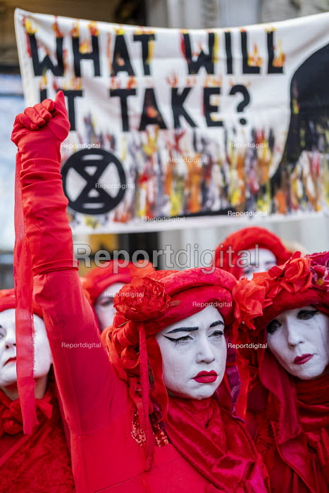 The Invisible Circus, Extinction Rebellion activists dressed in red robes and with white makeup Demand Action on Australian Fires, Australian High Commission, London - Jess Hurd - 2020-01-10