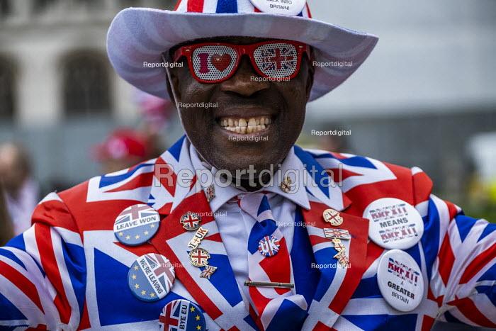 Joseph Afrane, Brexit Day, Westminster, London. - Jess Hurd - 2020-01-31