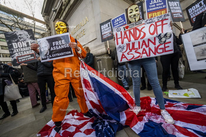 March for Julian Assange against his extradition to... - Jess Hurd, jj2002077.jpg
