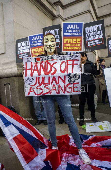 March for Julian Assange against his extradition to... - Jess Hurd, jj2002078.jpg